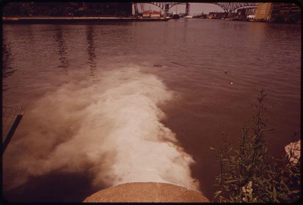 Discharging sewage into Cuyahoga River